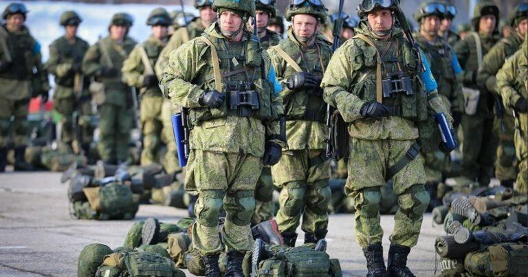 Photo of Rus qoşunları Zəngəzura doğru: Ermənilər narazı, bizimkilər narahat