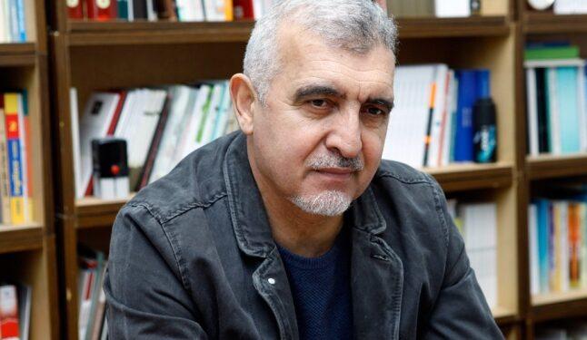 Photo of Rasim Qaraca – Əyri evin qadını